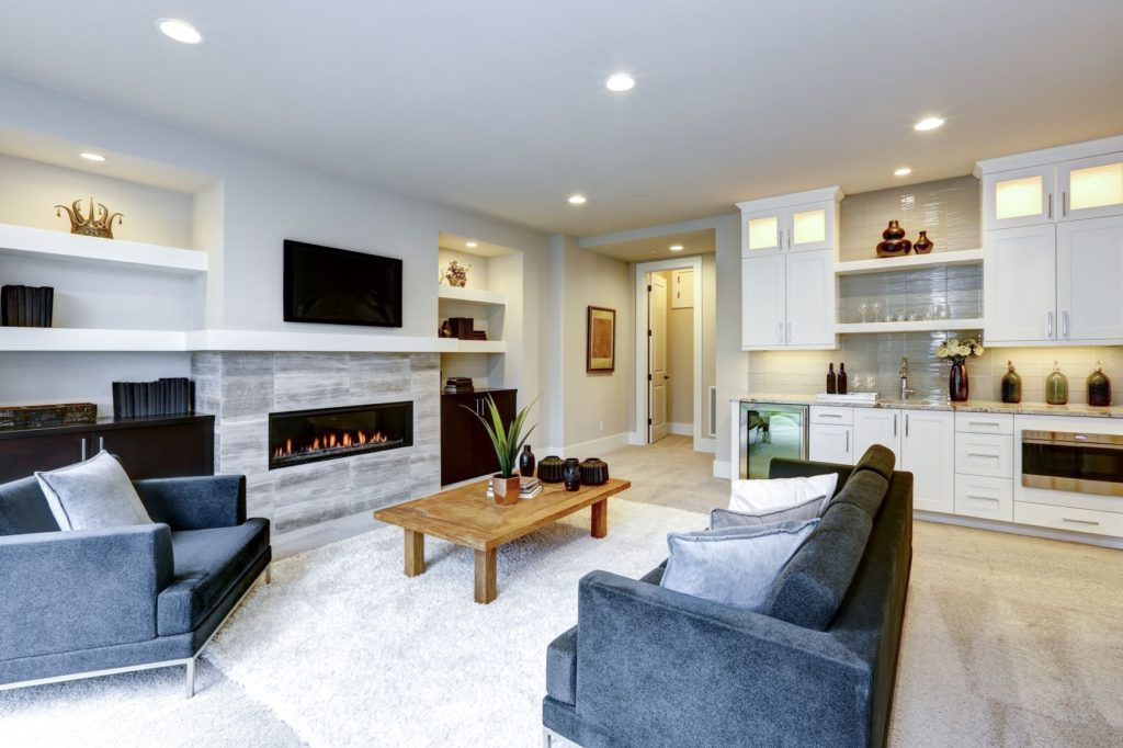 Living space with wet bar